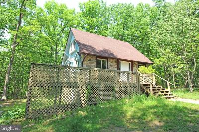 Shenandoah County Single Family Home For Sale: 71 Old Barn Lane
