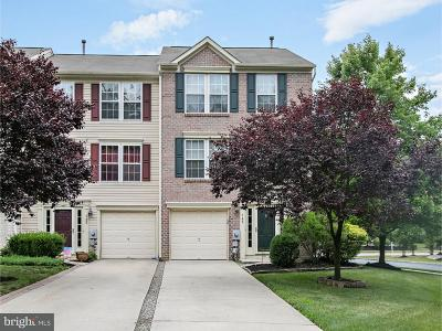 Woodbury Townhouse For Sale: 143 Valley Forge Way