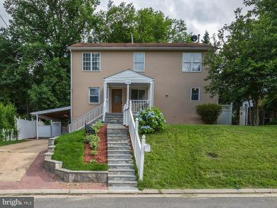 Falls Church Single Family Home For Sale: 7125 Oakland Avenue