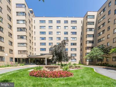 Single Family Home For Sale: 3701 Connecticut Avenue NW #323