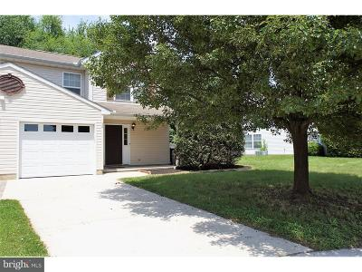 Dover Single Family Home For Sale: 38 Acacia Place