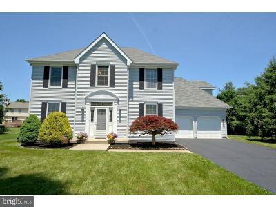 Robbinsville Single Family Home For Sale: 5 Thistle Place