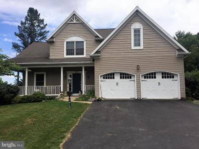 Lititz Single Family Home For Sale: 601 Water Edge Road