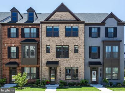 Ashburn Townhouse For Sale: 43321 John Michael Terrace