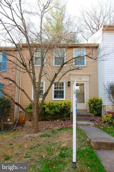 Reston VA Townhouse For Sale: $350,000