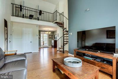 Arlington Condo For Sale: 3046 Abingdon Street #C2