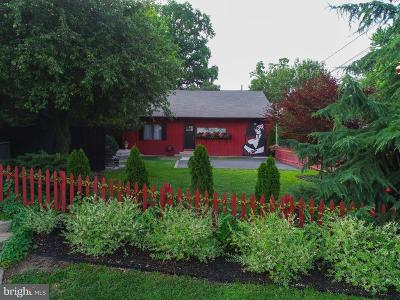 Lancaster Single Family Home For Sale: 319 E Walnut Street