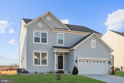 Aberdeen Single Family Home For Sale: 703 Bentgrass Drive
