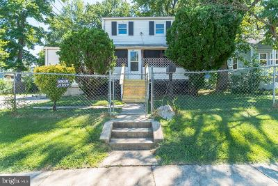 Capitol Heights Single Family Home For Sale: 619 Fernleaf Avenue