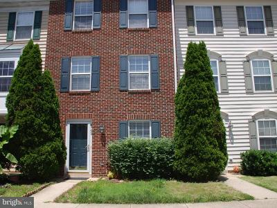 Fairfax County Townhouse For Sale: 6750 Applemint Lane
