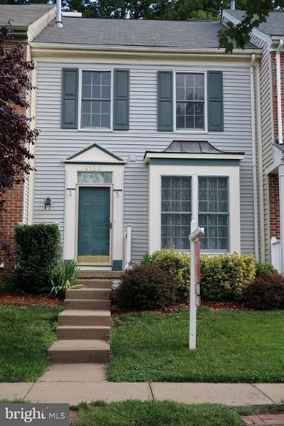 Prince William County Townhouse For Sale: 4126 Hampstead Lane