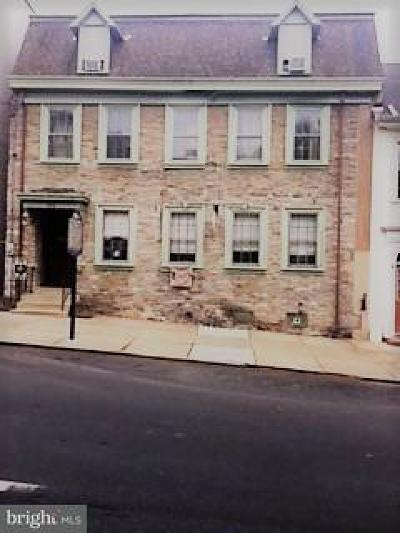 Lancaster PA Single Family Home For Sale: $390,000