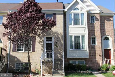 Centreville Townhouse For Sale: 14554 Oakmere Drive