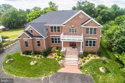 Reston, Herndon Single Family Home For Sale: 2716 West Ox Road
