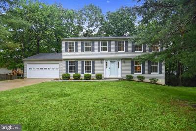 Burke, Springfield Single Family Home For Sale: 6123 Pond Spice Lane