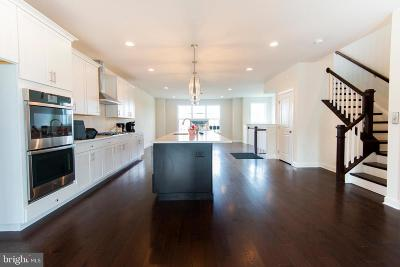 West Chester Townhouse For Sale: 50 New Countryside Drive