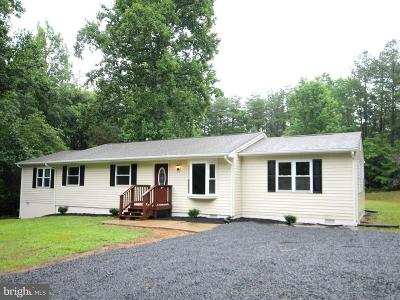 Stafford County Single Family Home For Sale: 142 Powhatan Trail