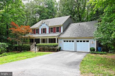 Fairfax Station Single Family Home For Sale: 6816 Brimstone Lane