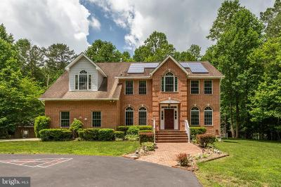 Hollywood  Single Family Home For Sale: 24827 Fox Run Lane