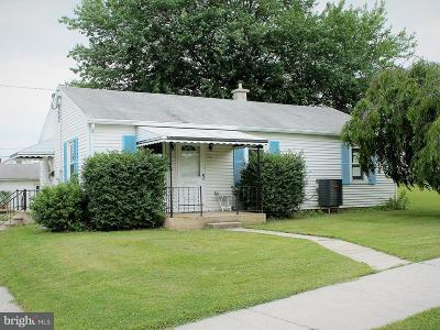 Palmyra Single Family Home For Sale: 701 N Lincoln Street