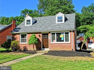 Springfield Single Family Home For Sale: 90 Hillview Drive