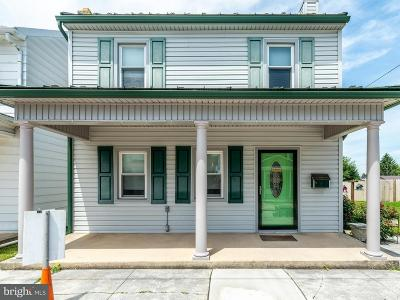 Manchester Single Family Home For Sale: 17 High Street