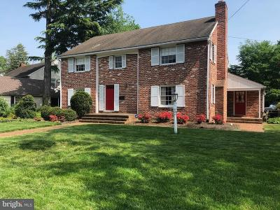Moorestown Single Family Home For Sale: 410 Kings Highway