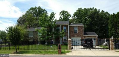 Clinton Single Family Home For Sale