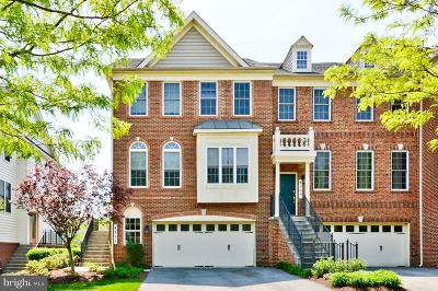 Upper Marlboro Townhouse For Sale: 4211 Chariot Way