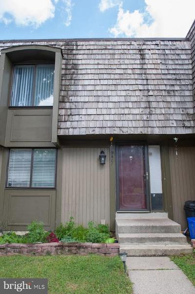 Montgomery Village Townhouse For Sale: 9407 Hickory View Place