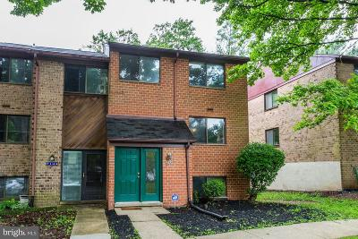 Howard County Townhouse For Sale: 7142 Lasting Light Way