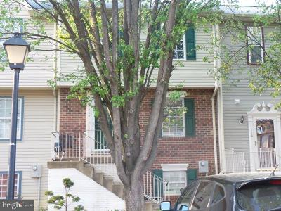 Stafford County Townhouse Active Under Contract: 112 Stafford Mews Lane