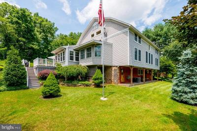 Hampstead Single Family Home For Sale: 374 Paper Mill Drive