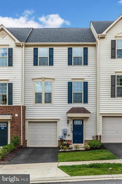 Ijamsville Townhouse For Sale: 5785 Antwerp Street