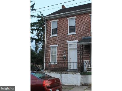 Pottstown Single Family Home For Sale: 320 Lincoln Avenue