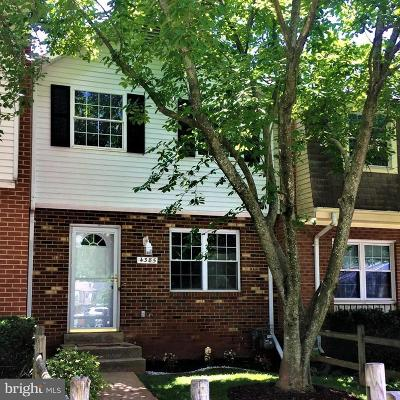Woodbridge Townhouse For Sale: 4385 Ensbrook Lane