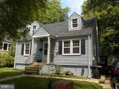Hyattsville Single Family Home For Sale: 4305 74th Avenue