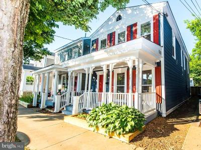 Single Family Home For Sale: 1403 Charles Street