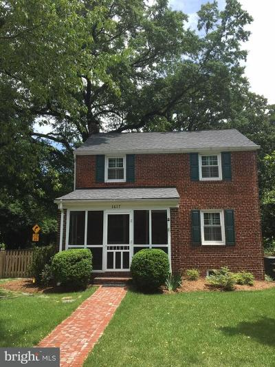 Alexandria, Arlington Single Family Home For Sale: 1617 Crestwood Drive