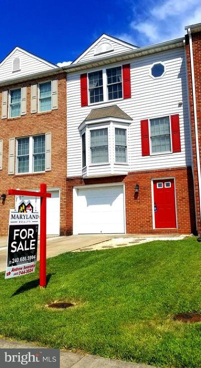 Thurmont Townhouse For Sale: 6 Luther Drive