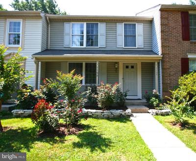 Herndon Townhouse Under Contract: 1102 Casper Drive