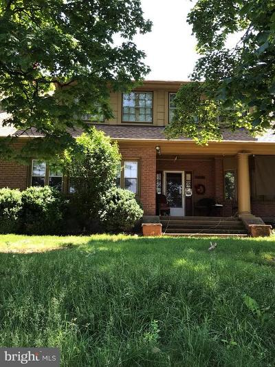Warren County Single Family Home For Sale: 709 Stonewall Drive E