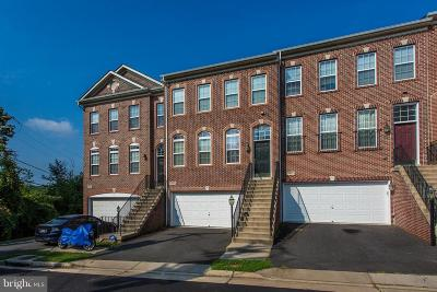 Dumfries Townhouse For Sale: 17694 Possum Point Road
