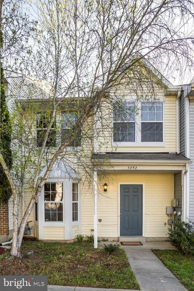 Waldorf Townhouse Under Contract: 3852 Gateview Place