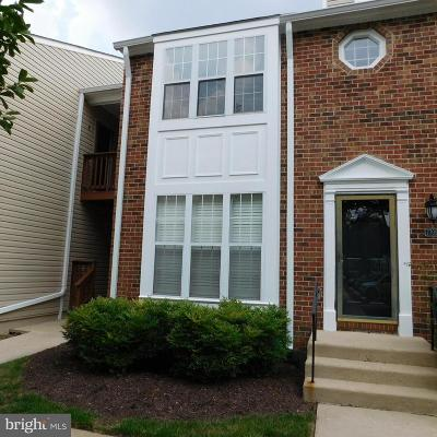 Springfield Condo For Sale: 7709 Lexton Place #48