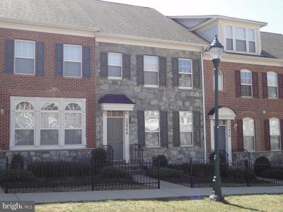 Clarksburg Townhouse Active Under Contract: 12948 Clarksburg Square Road