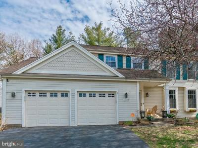 Manassas Single Family Home For Sale: 10465 Brackets Ford Circle