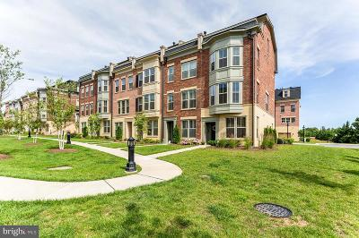 National Harbor Condo For Sale: 823 Fair Winds Way
