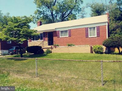 Capitol Heights Single Family Home For Sale: 907 Brooke Road