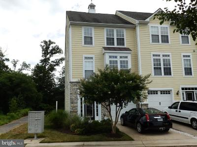 Colonial Beach Townhouse For Sale: 713 Monroe Point Drive